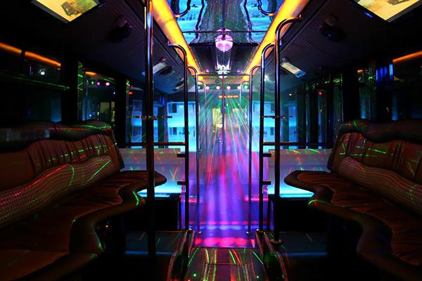 Party bus. Autobus discoteca